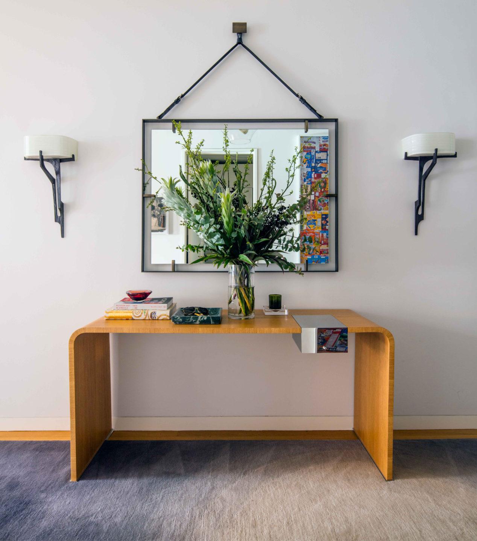 7-harrison-foyer-table-nicole-fuller
