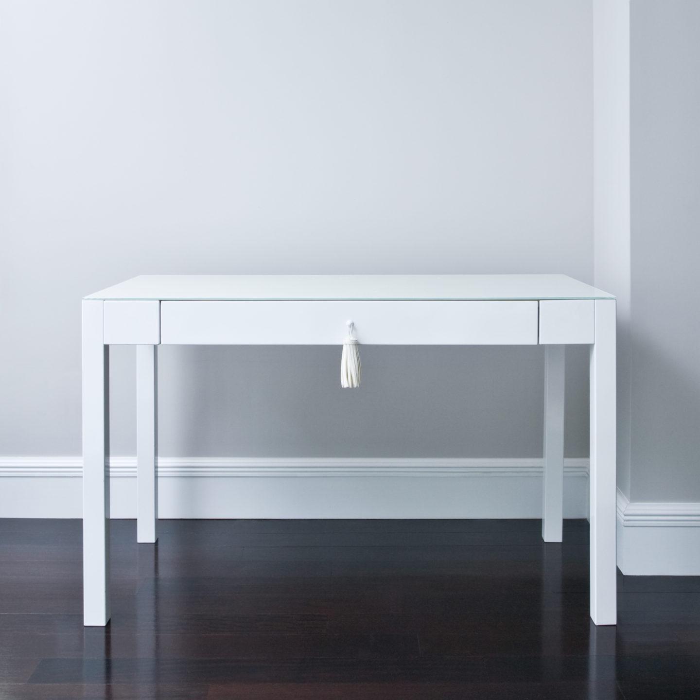 IMAGINE-desk-2-nicole-fuller-product-information