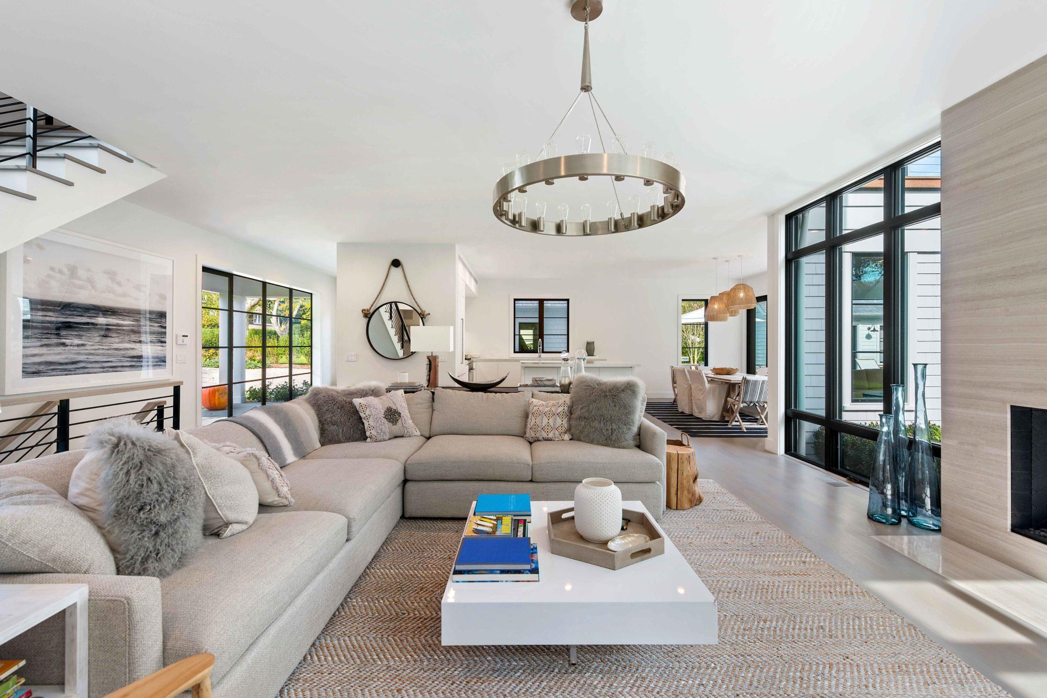 Nicole-Fuller-Interior-Designer-east-hampton-modern-bohemian-beach-house-living-room-2