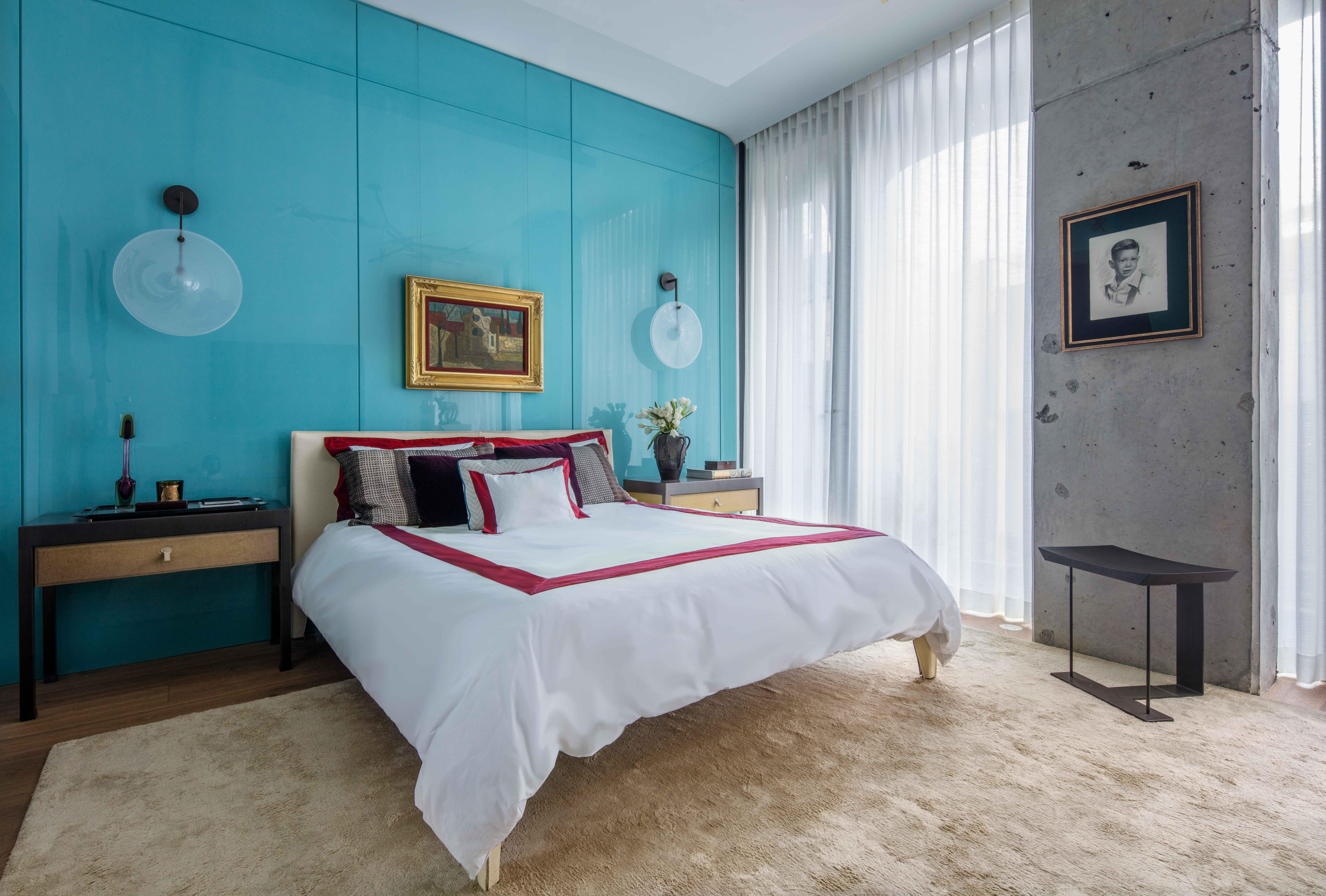 Nicole-Fuller-Interior-Designer-soho-residence-bedroom-7