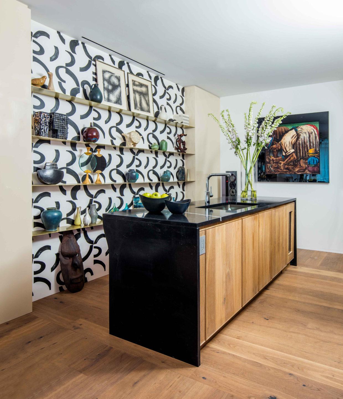 Nicole-Fuller-Interior-Designer-soho-residence-kitchen-bar-9