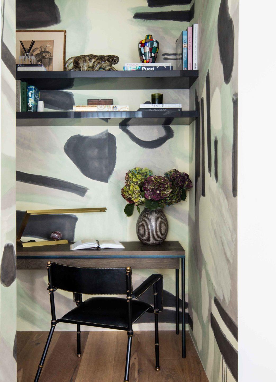 Nicole-Fuller-Interior-Designer-soho-residence-office-desk-8