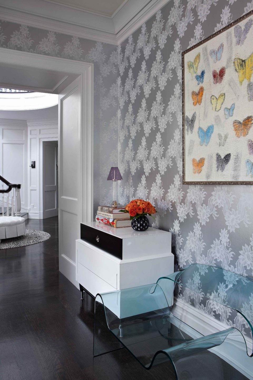 Nicole-Fuller-Interiors-Dutchess-Suffern-Estate-hallway-table-chair-1-new-york-interior-designer