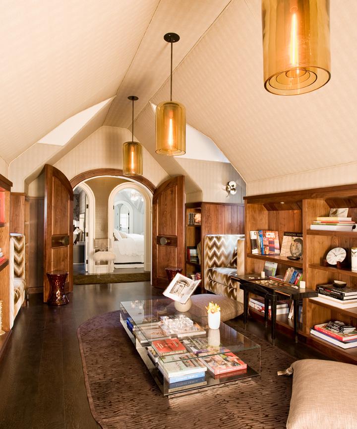 Nicole-Fuller-Interiors-Dutchess-Suffern-Estate-sitting-area-library-new-york-interior-designer