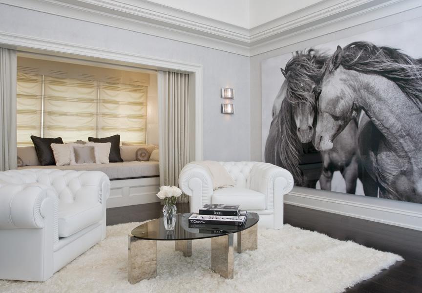 Nicole-Fuller-Interiors-Dutchess-Suffern-Estate-sitting-area-new-york-interior-designer