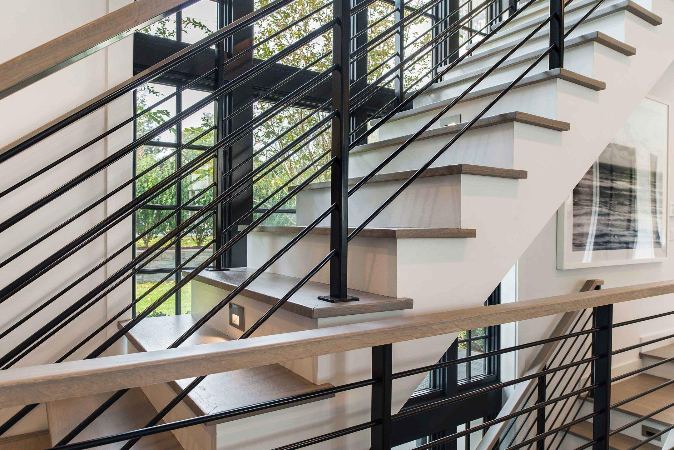 Nicole-Fuller-Interiors-East-Hampton-Beach-House-neutral-Bohemian-interior-design-modern-stairs